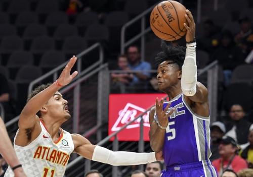 Kings' De'Aaron Fox Joins LeBron James In NBA History, Breaks Record Magic Johnson Held With First Career Triple-Double