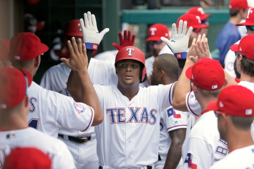 New York Yankees acquire Hanser Alberto off waivers from Texas Rangers