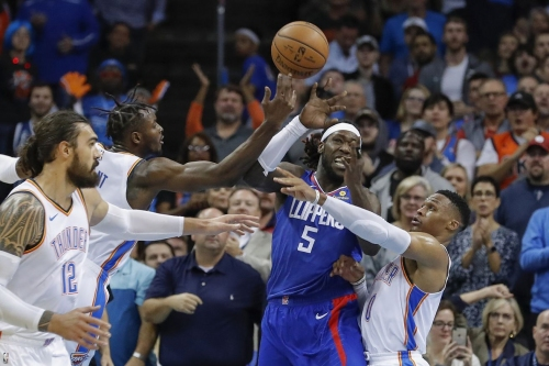 Plus-Minus Week 2: crunch time ups and downs, elite defense, and Spanish magic