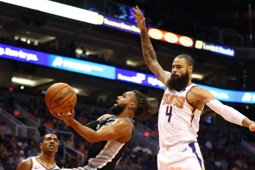 Lakers to sign Tyson Chandler to shore up depth