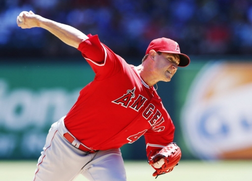 A dozen starting pitchers for the Rangers to consider this offseason: Could Garrett Richards be the perfect fit in Texas?