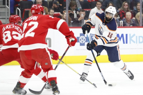 Red Wings slip on the oil-slick, lose 4-3 to Oilers