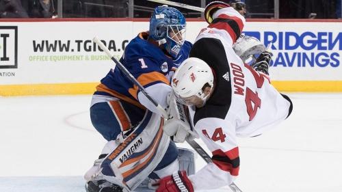 Greiss earns first shutout of season as Islanders down Devils