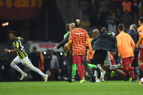Swansea City's Andre Ayew caught up in mass brawl as Galatasaray and Fenerbahce derby descends into chaos