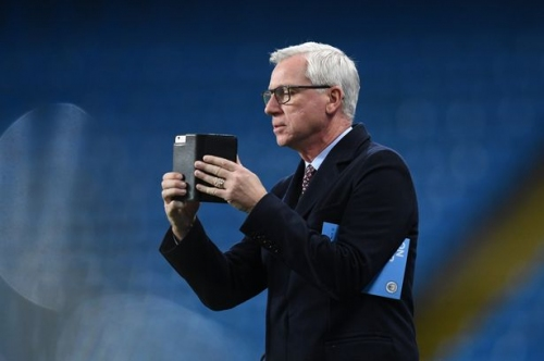 Ex-West Brom and Newcastle boss Alan Pardew in the running for this Premier League job with the bookies