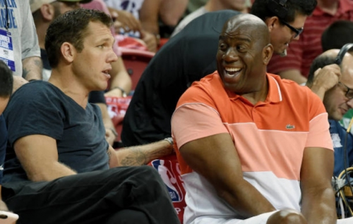 Magic Johnson Suggests Expectation Is For Luke Walton To Remain Lakers Head Coach
