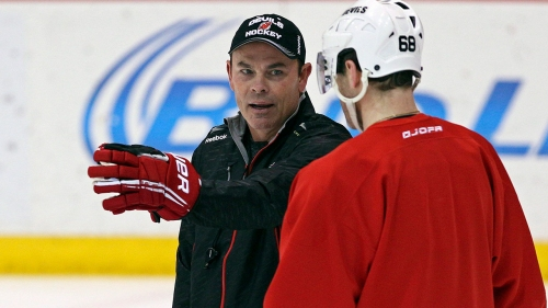 Adam Oates joins Kings as consultant two days after team fires coach