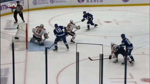 Stamkos scores vs. Oilers after give-and-go with Kucherov