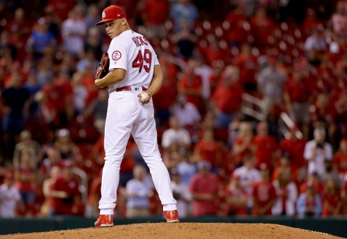 Cardinals seek bullpen boost but will reserve key role for Hicks, possibly Reyes