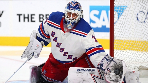 Rangers' Henrik Lundqvist surprises cancer survivor on Good Morning America
