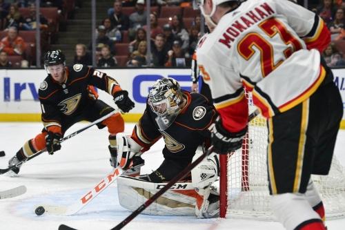 Calgary Flames at Anaheim Ducks [Game 16]