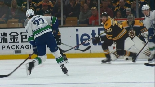 Canucks and Bruins score eight goals in wild second period
