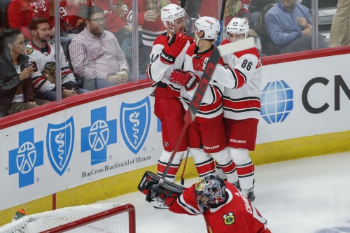 Despite furious comeback, Blackhawks fall 4-3 to Hurricanes in Jeremy Colliton's debut
