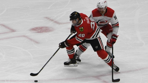 Hurricanes hold off Blackhawks in Colliton's coaching debut