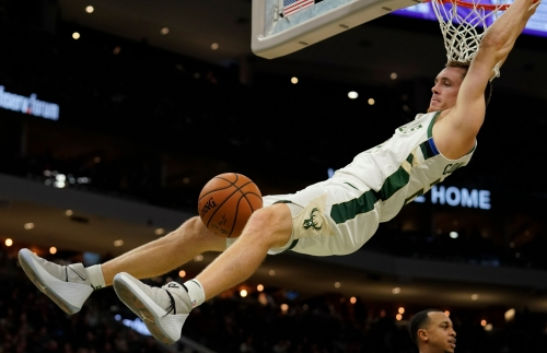 'Pat Connaughton just put a couple brothers on a poster:' Slam impresses TNT commentator Reggie Miller