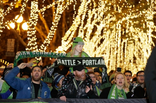 Outside The Box: Another week in the world of Soccer as the MLS Cup Playoffs resume