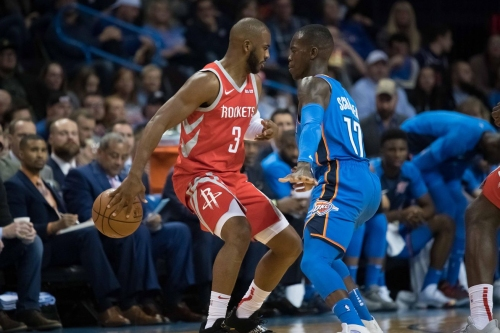 Chris Paul's elbow injury could explain his shooting woes