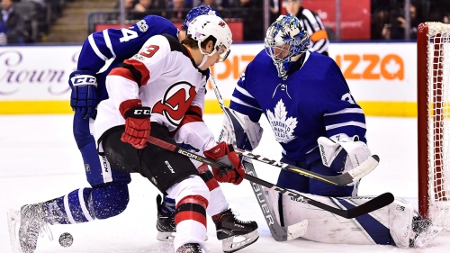 NHL Live Tracker: Maple Leafs vs. Devils