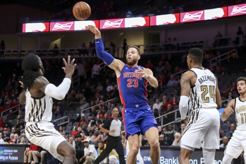 Hawks flounder in blowout loss to Pistons, 124-109