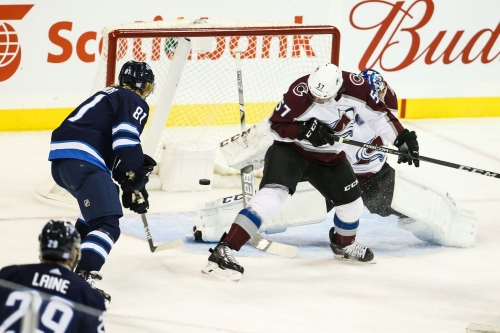 Wrong kind of Avalanche begins in Winnipeg as Colorado drops fifth straight