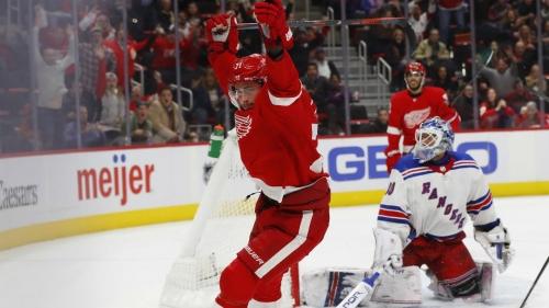 Larkin nets OT winner with 5 seconds left, Red Wings stun Rangers
