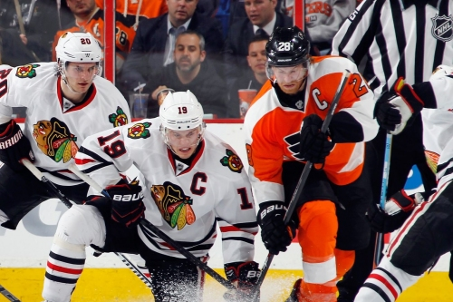 Colliton seeks first win as Blackhawks visit Flyers