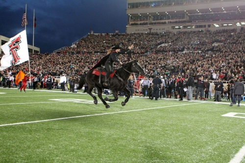 Texas heads to 'Iraq' to face hostile night game environment at Texas Tech