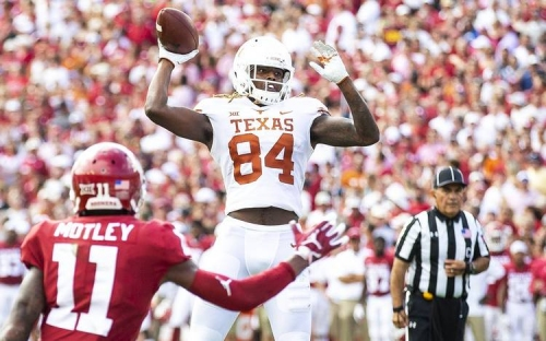 FOLLOW LIVE: No. 19 Texas desperate for a win against Texas Tech in Lubbock