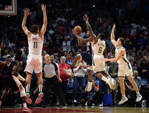 Clippers 128, Bucks 126: A struggle throughout, Milwaukee can't finish it off in overtime