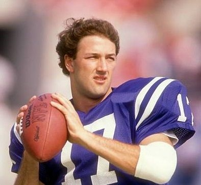 Former Indianapolis Colts quarterback Chris Chandler: 'Andrew Luck has it easy'