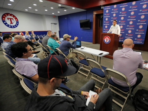A glimpse of what could be the Rangers' approach toward available free agents this winter