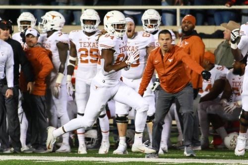 Holy Humphrey! Texas survives a late Texas Tech rally, leaves Lubbock with wild 41-34 win