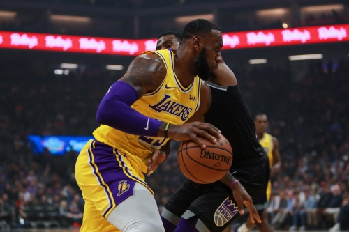 LeBron James, Lakers Earn Fourth Win In Last Five Games Against Kings