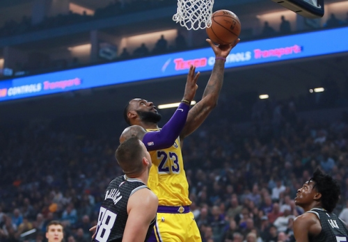 Lakers Highlights: LeBron James Among 6 Players To Score In Double-Figures Against Kings