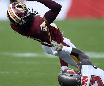 Smith throws for 178 yards, TD; Redskins beat Bucs 16-3