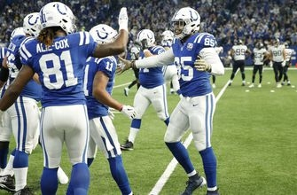 Ebron scores three touchdowns in Colts' 29-26 victory over Jaguars