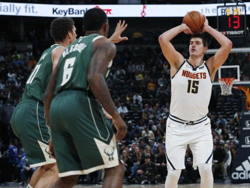 Nuggets drop third straight game, falling to hot-shooting Bucks
