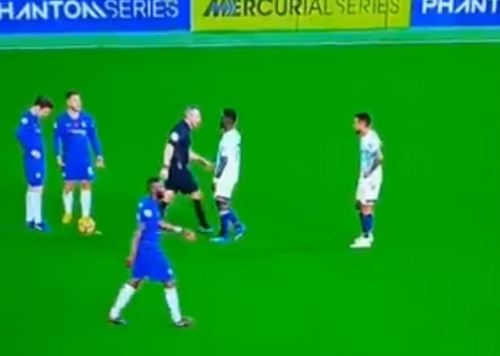 Cesc Fabregas cheats behind referee's back to get unfair advantage against Everton