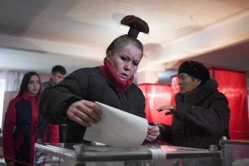 Incumbents win vote in Ukraine rebel regions
