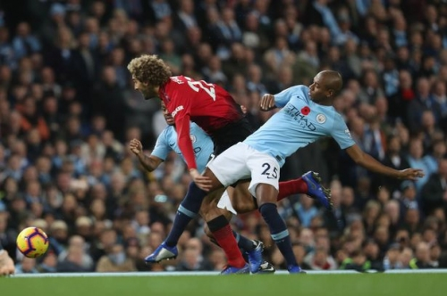 Fernandinho shows his importance to Man City but he is proving increasingly difficult to replace