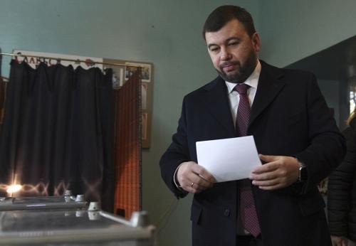 Separatists win vote in Ukraine rebel regions by big margins
