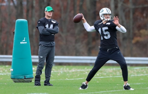 Is Jets' Sam Darnold's strained right foot healing? Will he play vs. Patriots in Week 12?