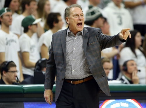 Michigan State basketball slips, Michigan jumps up one in AP Top 25