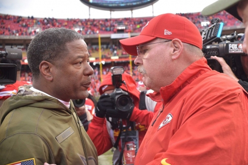 Andy Reid talks about Mexico City, the offensive line, and Dee Ford on Monday