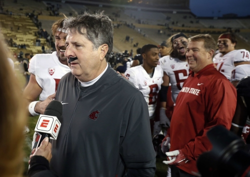 Greg Hansen: While others rebuild, Mike Leach — the Palouse Pirate — continues to win