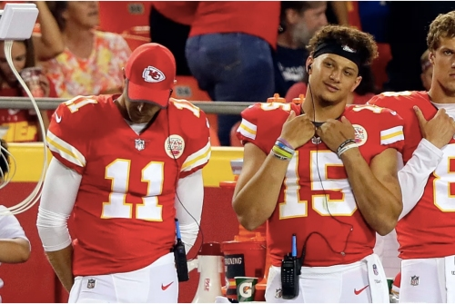 Alex Smith treated Patrick Mahomes with grace when Chiefs drafted him
