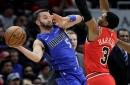Barnes aporta 23 puntos; Mavs superan a Bulls