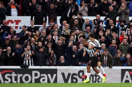 'The Venezuelan Shearer' The Newcastle United fan verdict as Salomon Rondon gets off the mark