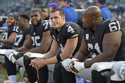 Raiders mailbag: 'Is Carr gonna be the QB in Vegas?'