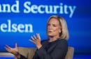 Fuentes: Secretaria Nielsen está a punto de renunciar